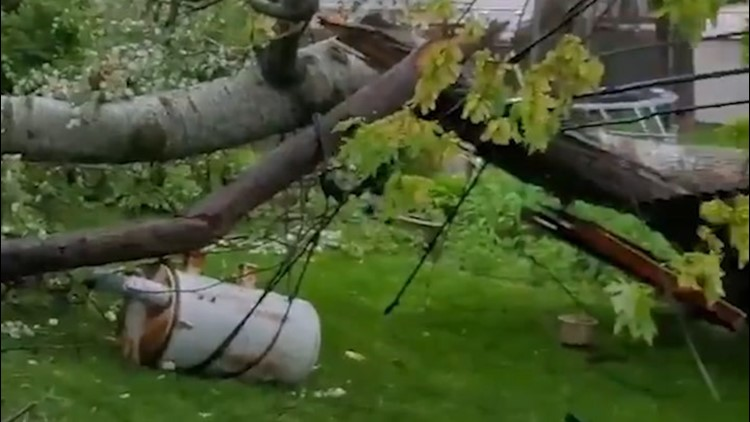 Storms leave a mess across the eastern US