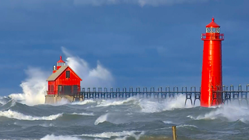 VIDEO: Pummeling waves in Lake Michigan, flooding created by intense storm