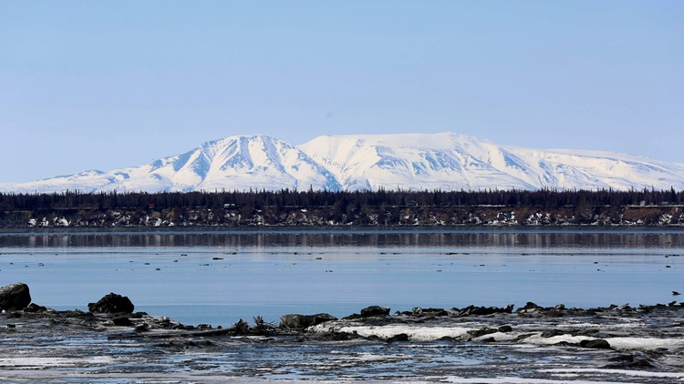 Alaska vacations will soon include airport COVID-19 vaccines