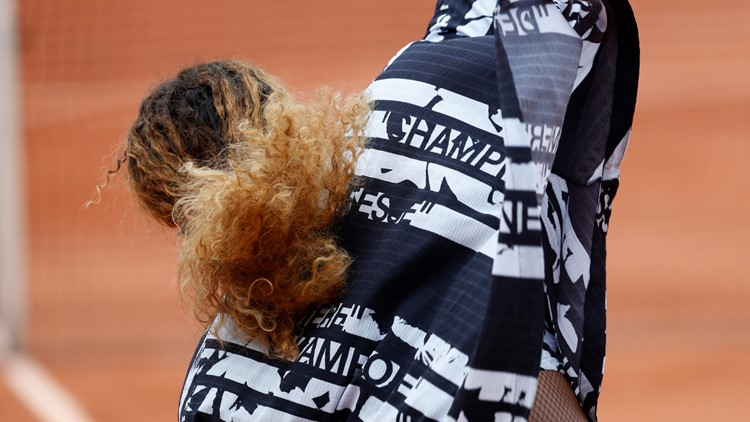 Serena's warmup jacket is fit for a 'queen' and 'goddess'