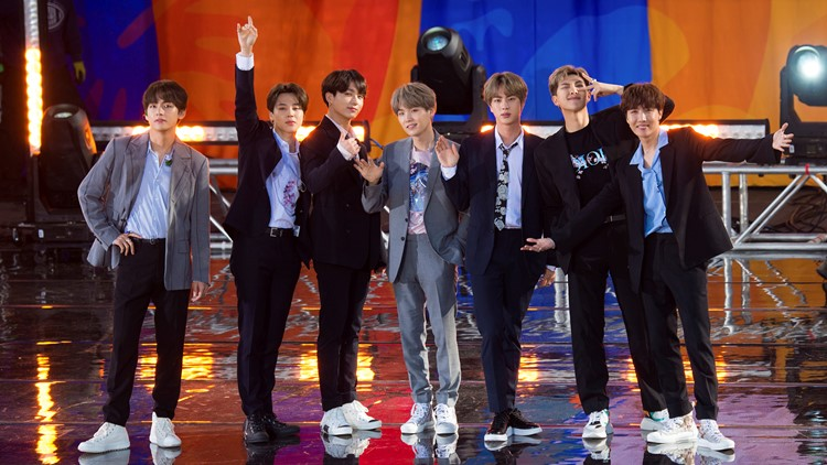 "BTS Perform on ABC's ""Good Morning America"""