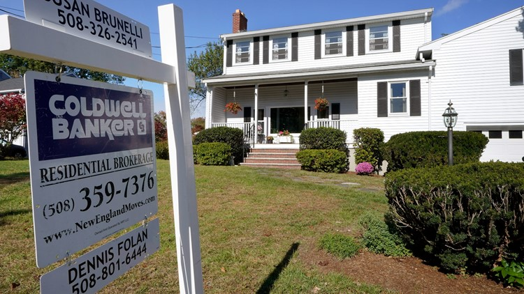 US existing home sales fall again as prices continue to soar