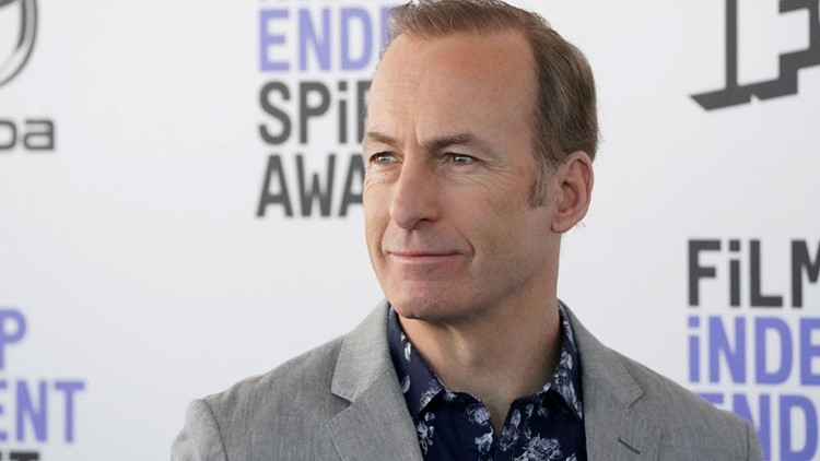 Bob Odenkirk Says He Had a 'Small Heart Attack' But Is Recovering Well in Social Media Return