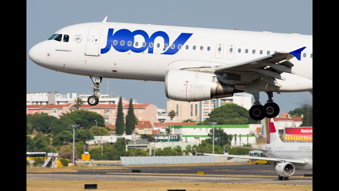 a25782ed2161 A Joon Airbus A320 lands at Lisbon Airport in Portugal in June 2018.