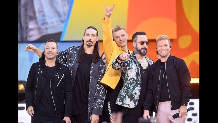 Backstreet Boys fans injured while queuing for concert