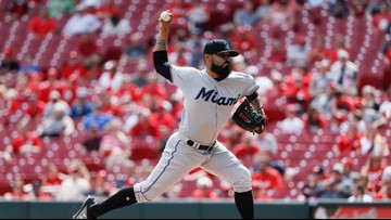 AL Central-leading Twins get reliever Romo from Marlins