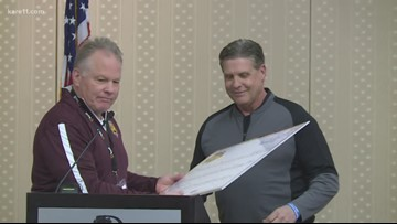 Randy Shaver honored by MN Football Coaches Assoc.