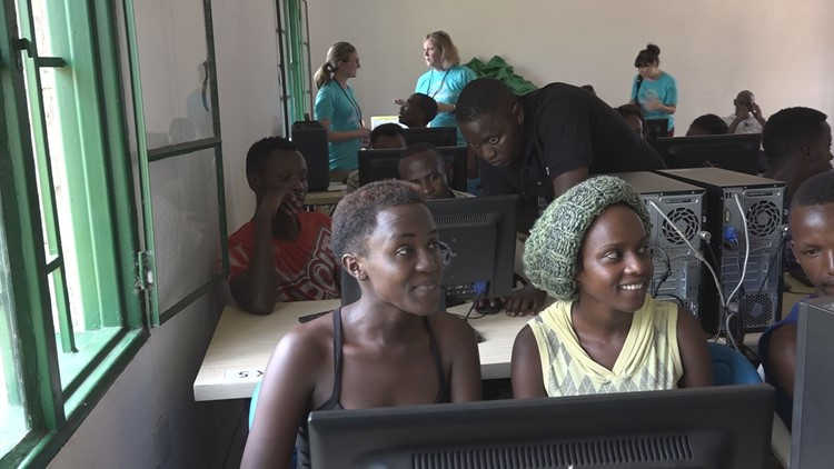 The computer lab at Nyabiheke refugee camp represents the first opportunity to hold a coding school in a refugee settlement.