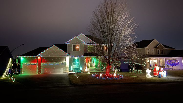 Your photos: Holiday decorations