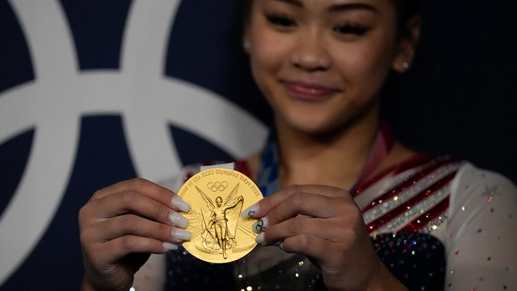 Minneapolis nail salon in spotlight for Suni Lee's Olympic-themed acrylics
