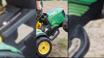 Toddler drives battery-powered tractor to county fair without asking parents