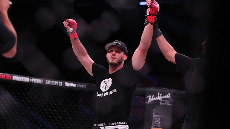 Former Gopher grappler Logan Storley is now 8-0 in his young MMA career.