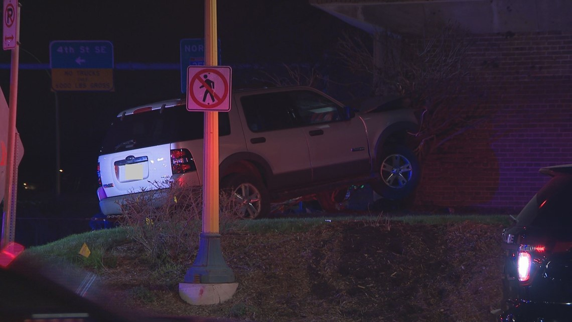 Police: Driver crashes into Alpha Chi Omega on U of M campus