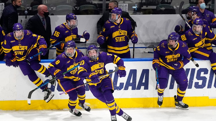 3 Minnesota teams make men's hockey Frozen Four