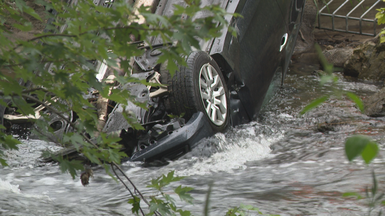 Woman rescued from flipped car in Minnehaha Creek