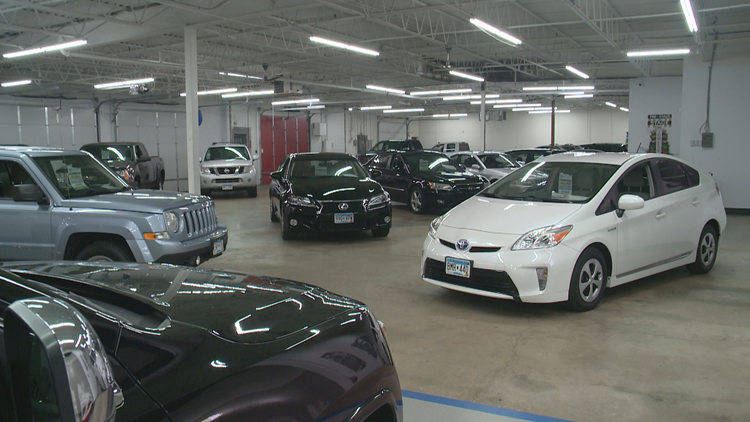 Shopping for a car this holiday weekend? Here's what you should know