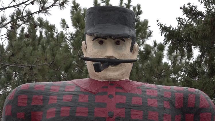 Bemidji's iconic Paul Bunyan statue dealing with 'broken arm'