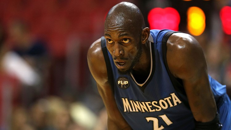 Timberwolves' great Kevin Garnett suing his former accountants for helping defraud him