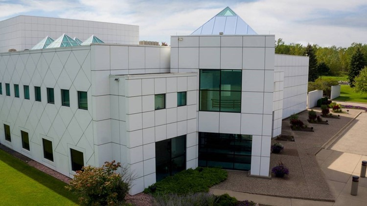 Paisley Park offers special Valentine's weekend hours, giveaways