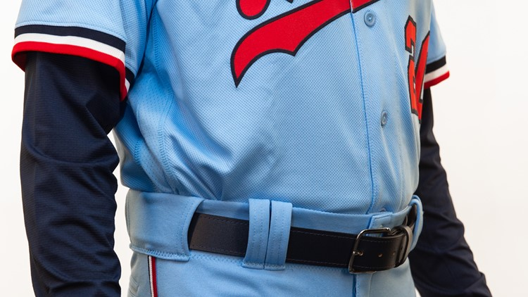 The only change from the 1973 uniform in this alternate 2020 version is the belt.