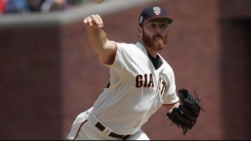 Twins add Giants pitcher Sam Dyson to bullpen