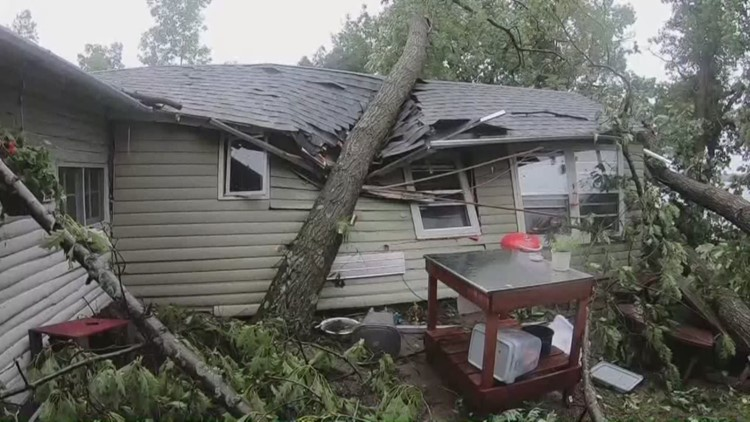 Storms rip through western wisconsin