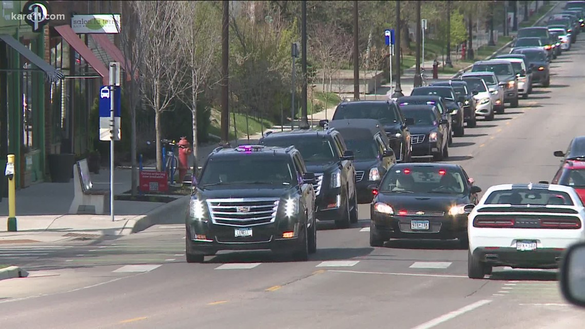 Daunte Wright's service at Lakewood Cemetery