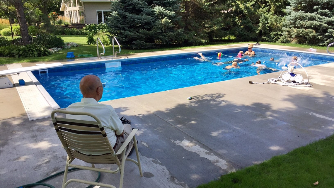 Four years after installing a pool for neighborhood kids, 98-year-old still loves seeing his yard filled with families