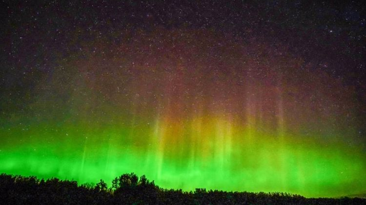 PHOTOS: Northern Lights stun watchers in Minnesota