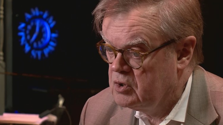 Garrison Keillor performs 2 sold out shows at Minneapolis nightclub Crooners
