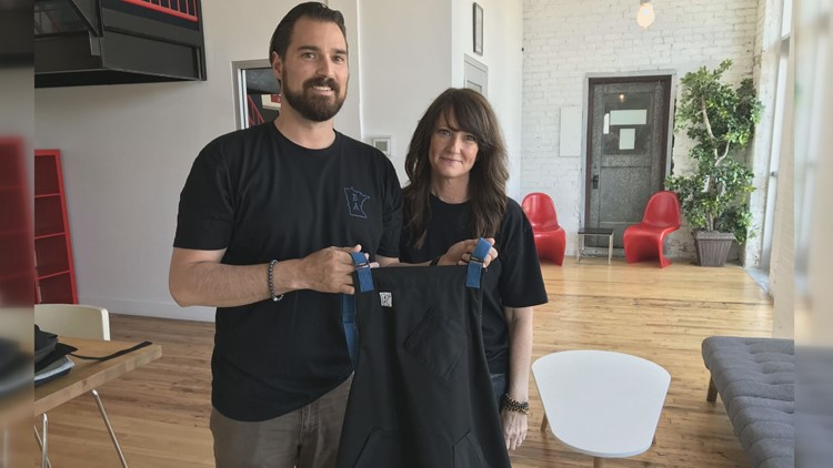 'Project Black & Blue' apron supports service industry workers