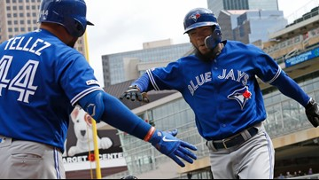 Blue Jays rally to beat Twins in series finale
