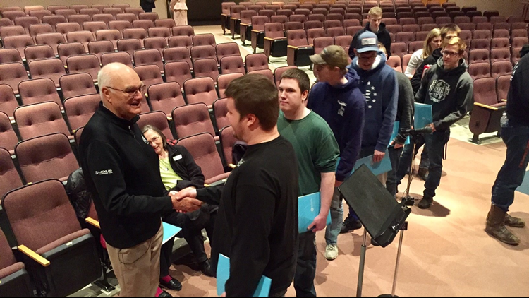 Rush City students line up to thank Dennis Frandsen