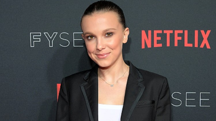 Stranger Things star Millie Bobby Brown breaks her knee cap