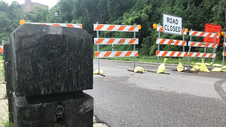 The West River Parkway and the adjacent pedestrian trail from 4th Street South to Franklin Avenue are closed.