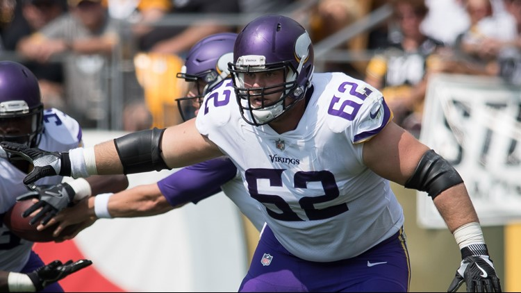 Minnesota Vikings get bad news regarding guard Nick Easton