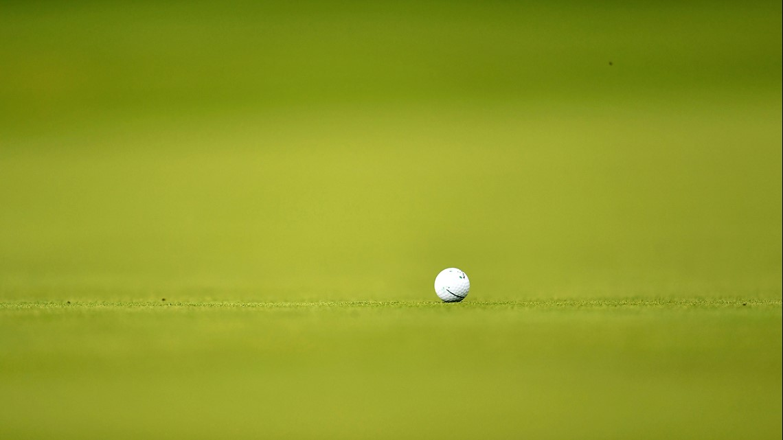 Indoor golf and good food in the North Loop
