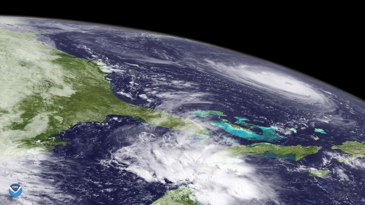 Hurricane Florence satellite image 9-11-18-432346027