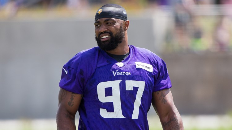 Everson Griffen Apologizes for Bizarre Hotel Incident, Vows to Return to Field