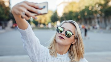 Study: Selfies make you more narcissistic