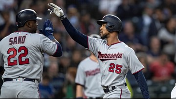 Twins continue HR barrage, whip floundering Seattle