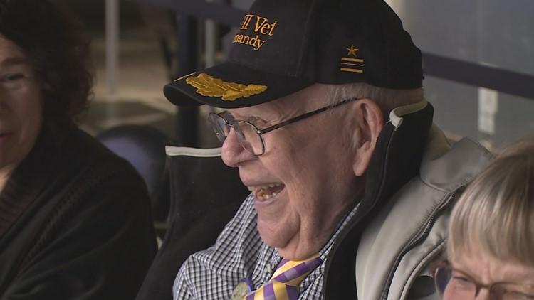 Vikings honor 100-year-old WWII veteran