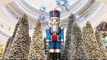 Mall of America decorates for the holidays