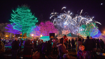 Holidazzle returns to Loring Park
