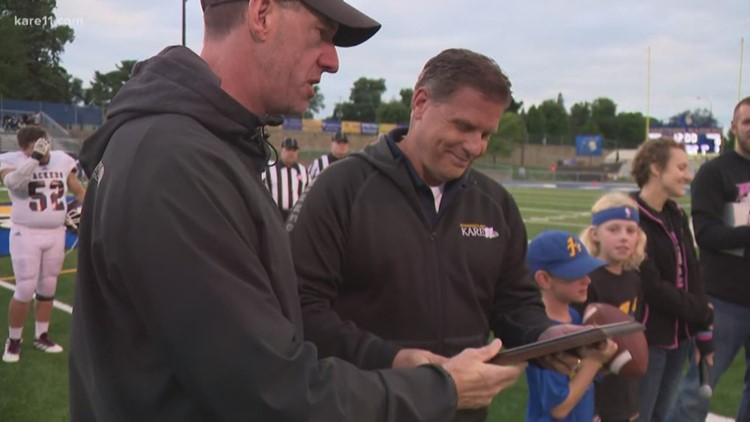 Family touched by cancer honors Randy