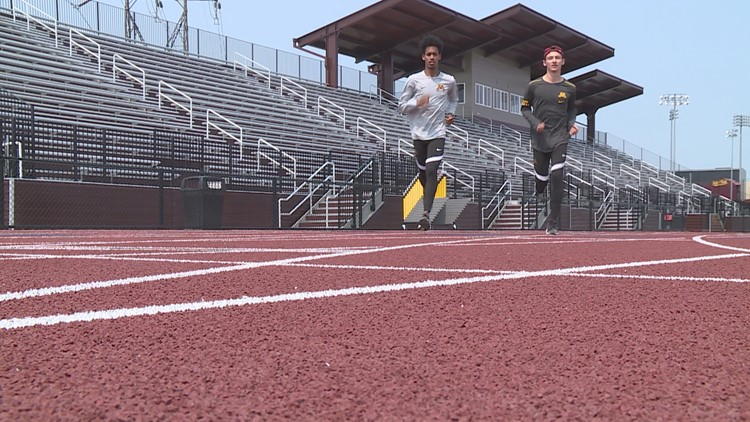 Gophers send steeplechase duo to national meet