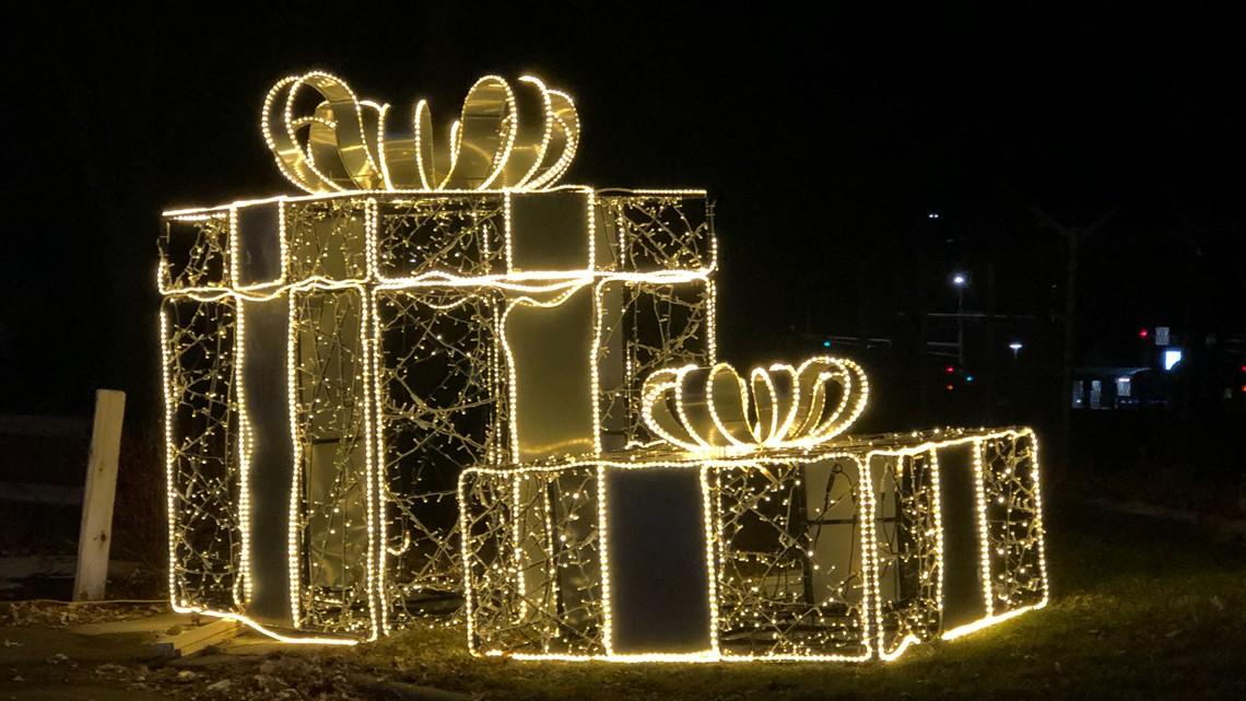 11 drive thru holiday light displays in Minnesota in 2020 | kare11.com