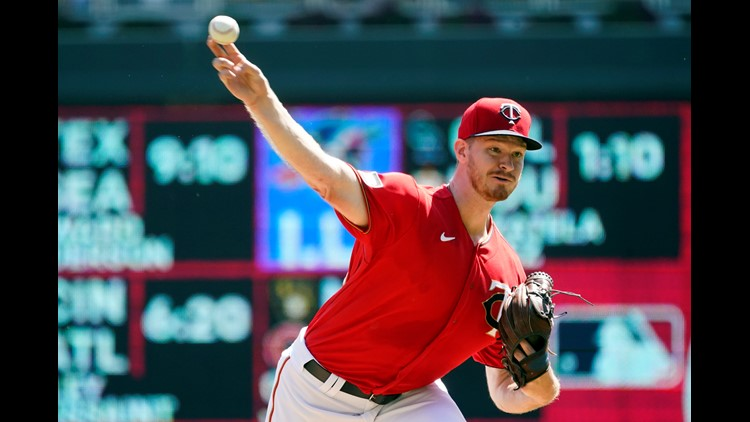Rookie Ober, Twins blank White Sox 1-0; Polanco homers