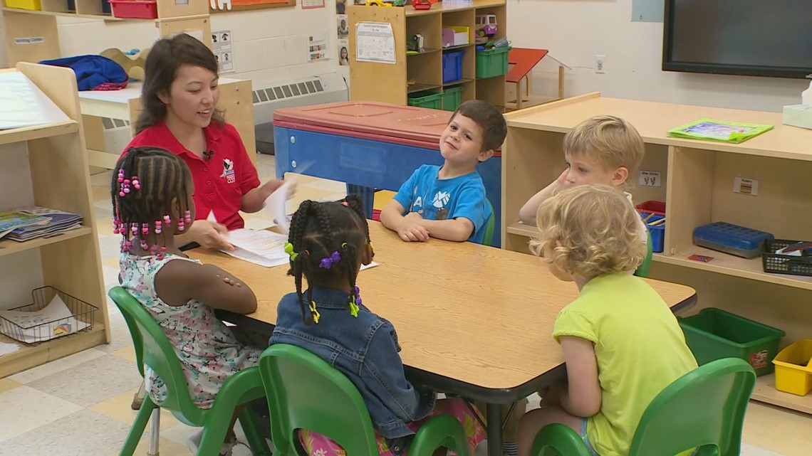 Calling all tutors! Minnesota districts need 1,500 tutors for upcoming school year