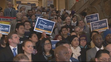 New push for immigrant driver's licenses